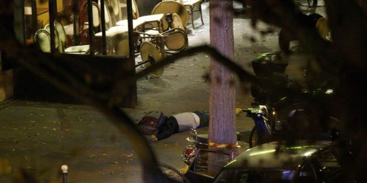 Encuentran huellas de fugitivo de los atentados en París en piso de Bruselas