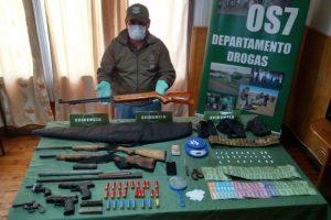 Las armas incautadas en el procedimiento. Foto:Gentileza. Imagen Por: