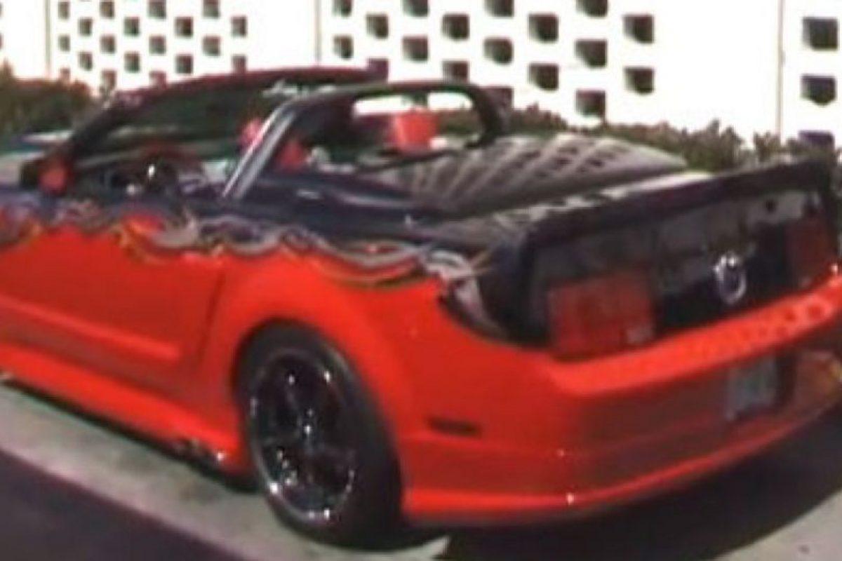 """El actor de la saga de películas """"Rocky"""" tiene un Ford Mustang GT convertible. Foto:Twitter. Imagen Por:"""