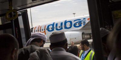 Avión con 55 pasajeros a bordo se estrella en el sur de Rusia