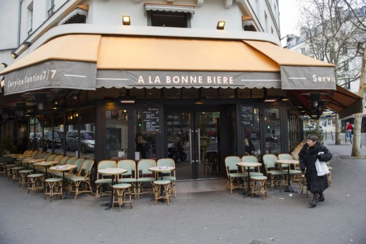 """La cafetería """"A la Bonne Bierre"""" Foto:AFP. Imagen Por:"""