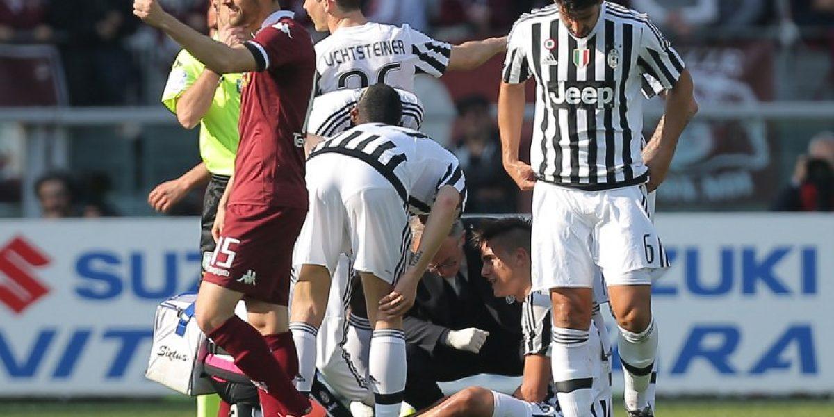 Juventus no lo quiere soltar: Dybala se lesionó y quedaría fuera del partido con Chile