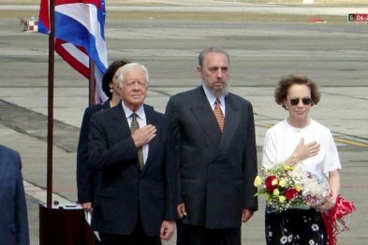 Es el primer presidente en funciones en llegar a la isla. En 2002, el expresidente Jimmy Carter (1977-1981) visitó la isla por invitación de Fidel Castro. Foto:Getty Images. Imagen Por: