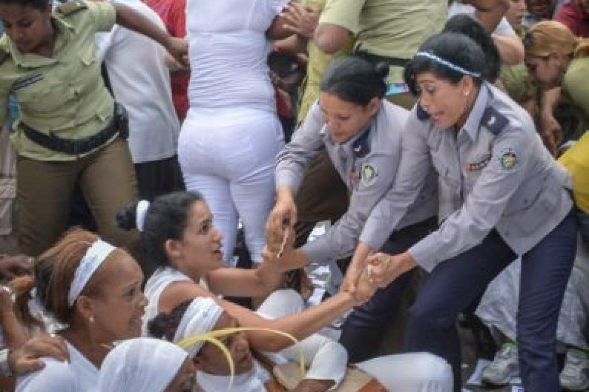 Donde aproximadamente 50 disidentes fueron detenidos Foto:AFP. Imagen Por: