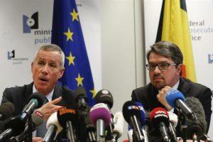 Los fiscales de Francia y Bélgica, hoy en rueda de prensa. Foto:Efe. Imagen Por: