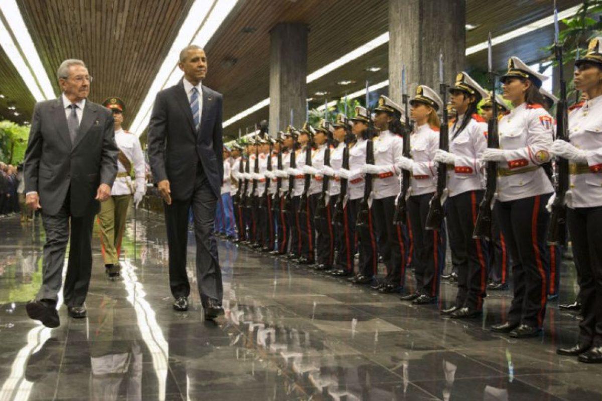 Encuentro entre Castro y Obama Foto:AP. Imagen Por: