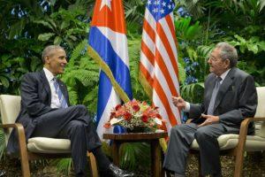 El histórico encuentro se dio en el Palacio de la Revolución. Foto:AP. Imagen Por: