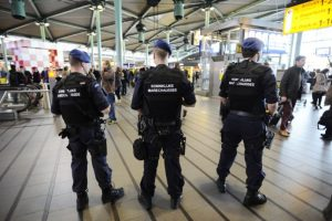 En Bruselas 34 personas perdieron la vida y 230 están heridas Foto:AFP. Imagen Por: