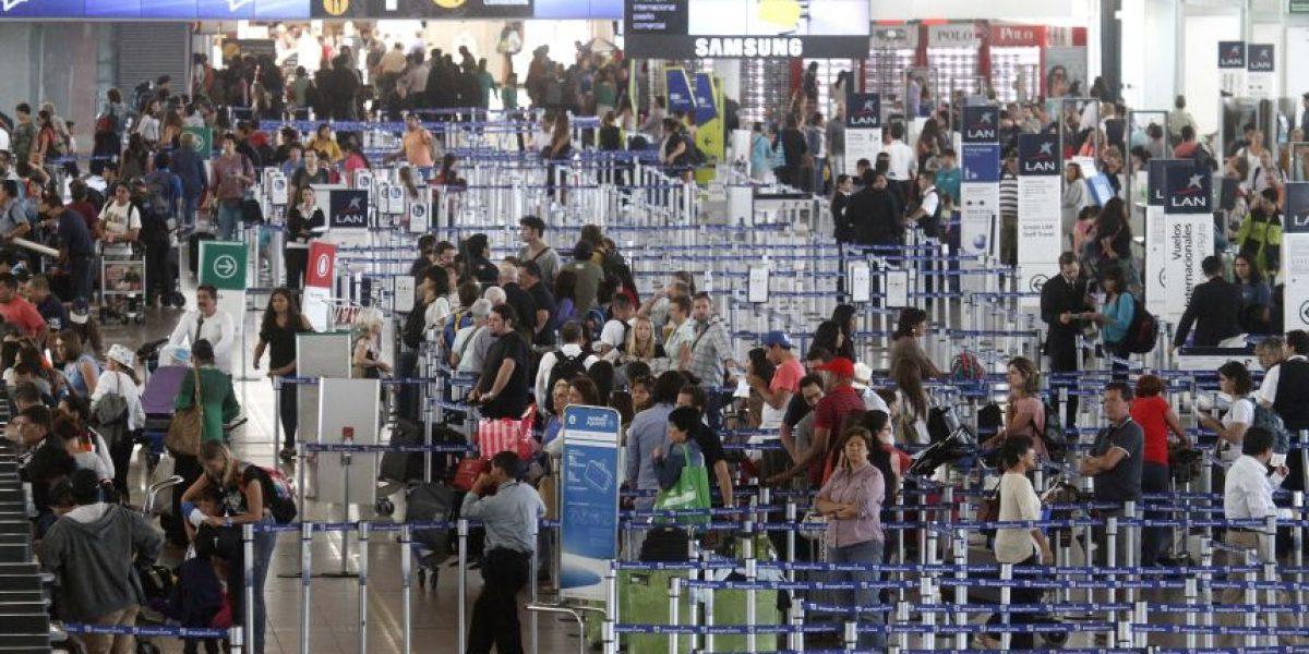 Dgac decretó alerta amarilla para Aeropuerto de Santiago tras atentados en Bélgica