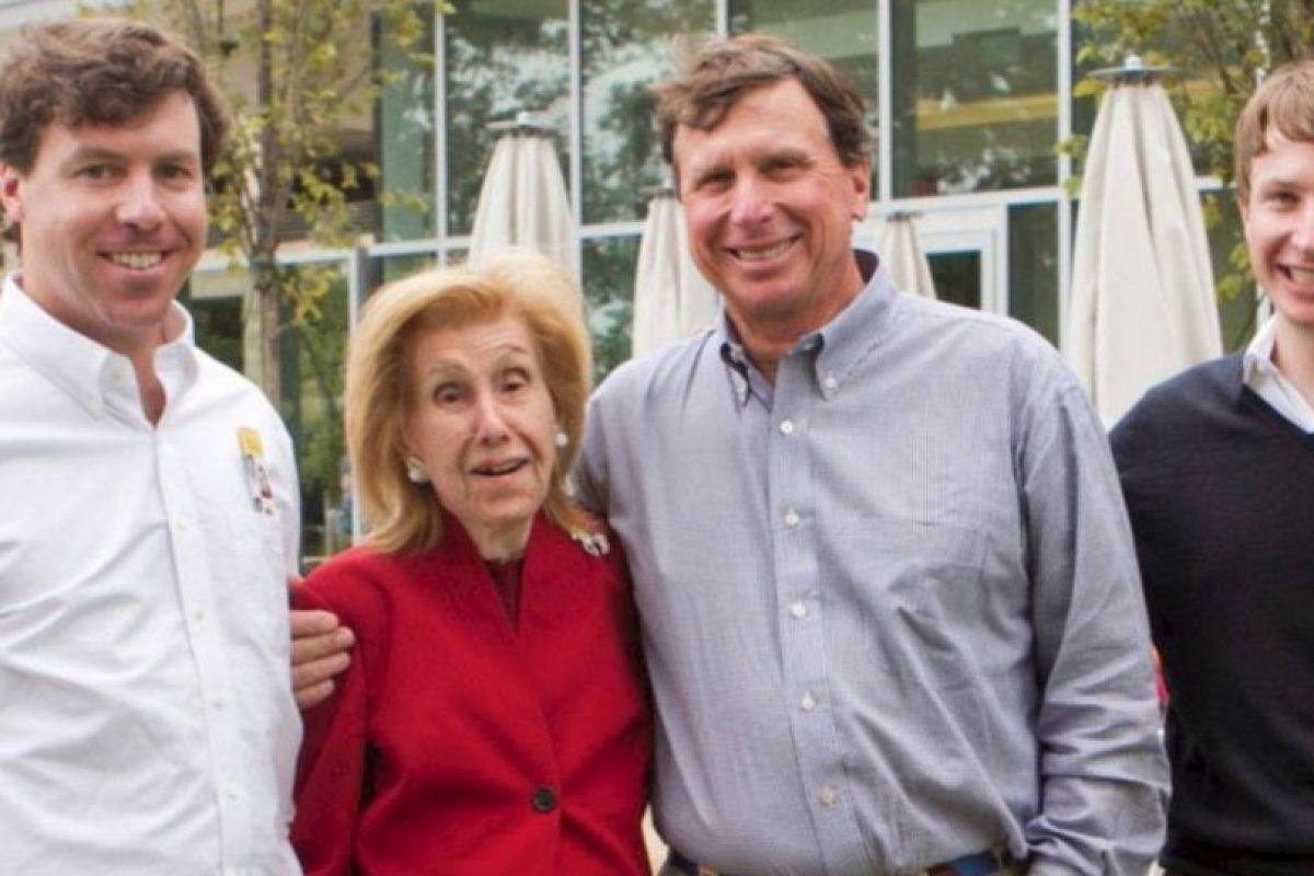 La estadounidense Anne Cox Chambers ha forjado una fortuna estimada en 17 mil millones de dólares, con su empresa de telecomunicaciones Cox. Foto:vía Getty Images. Imagen Por: