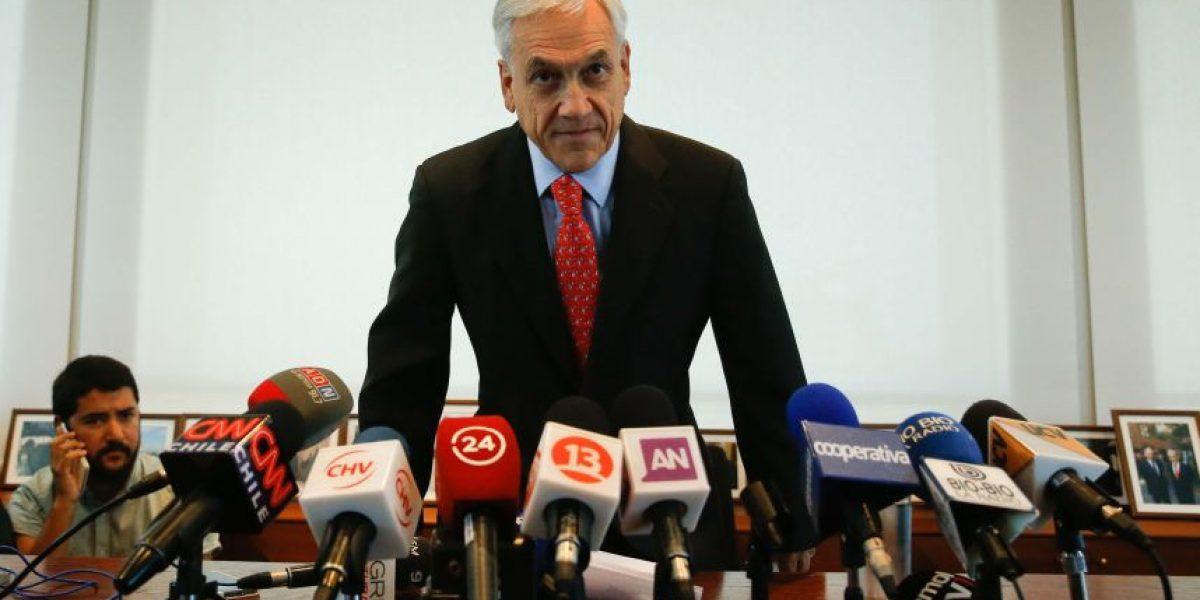 Karol Cariola emplaza a Piñera a explicar su relación con leyes