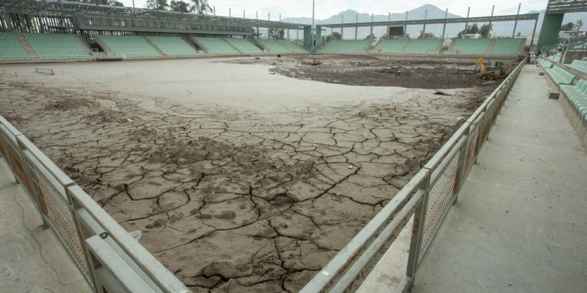 A un año del aluvión en el norte, el Estadio Luis Valenzuela sigue bajo el barro