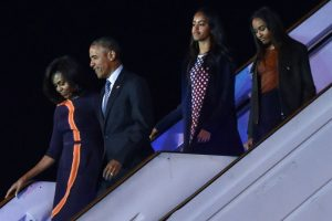 Las adolescentes llegaron a Argentina junto con su padre el miércoles en la madrugada (tiempo local). Foto:AFP. Imagen Por:
