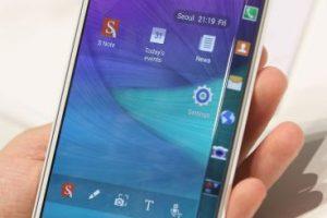 En la actualidad, entre más delgado es un teléfono celular, más gusta a los usuarios. Foto:Getty Images. Imagen Por: