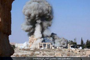 Desde entonces, comenzó a destruir monumentos arqueológicos. Foto:AP. Imagen Por: