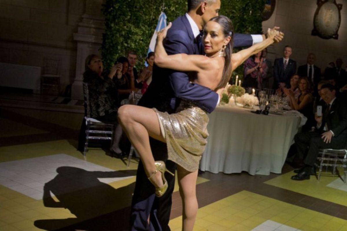 Los pasos de baile sorprendieron a los espectadores. Foto:AP. Imagen Por: