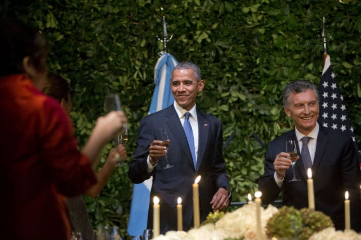 Se les vio muy alegres a ambos mandatarios. Foto:AP. Imagen Por:
