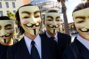 """En las manifestaciones que han realizado y en los videos que divulgan se les ve con la máscara de Guy Fawkes, que se popularizó en la película """"V for Vendetta"""". Foto:Wikipedia Commons. Imagen Por:"""
