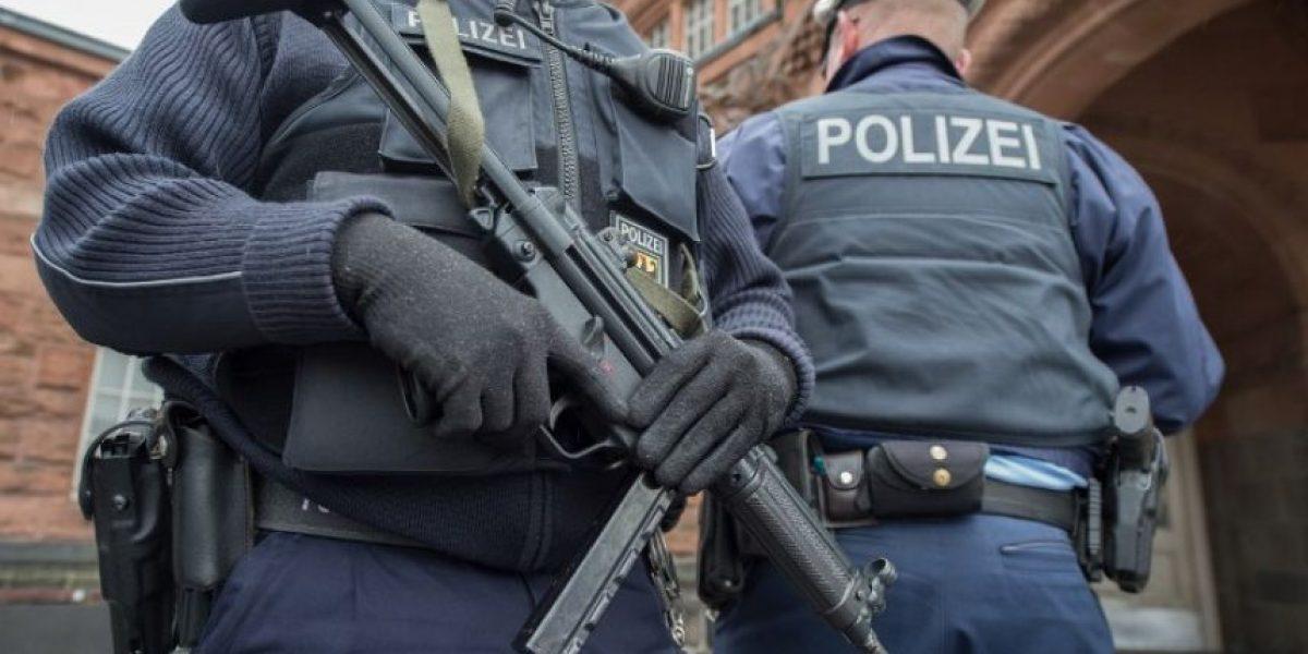 Sospechoso encausado por atentados de Bruselas puede ser el fugitivo del aeropuerto