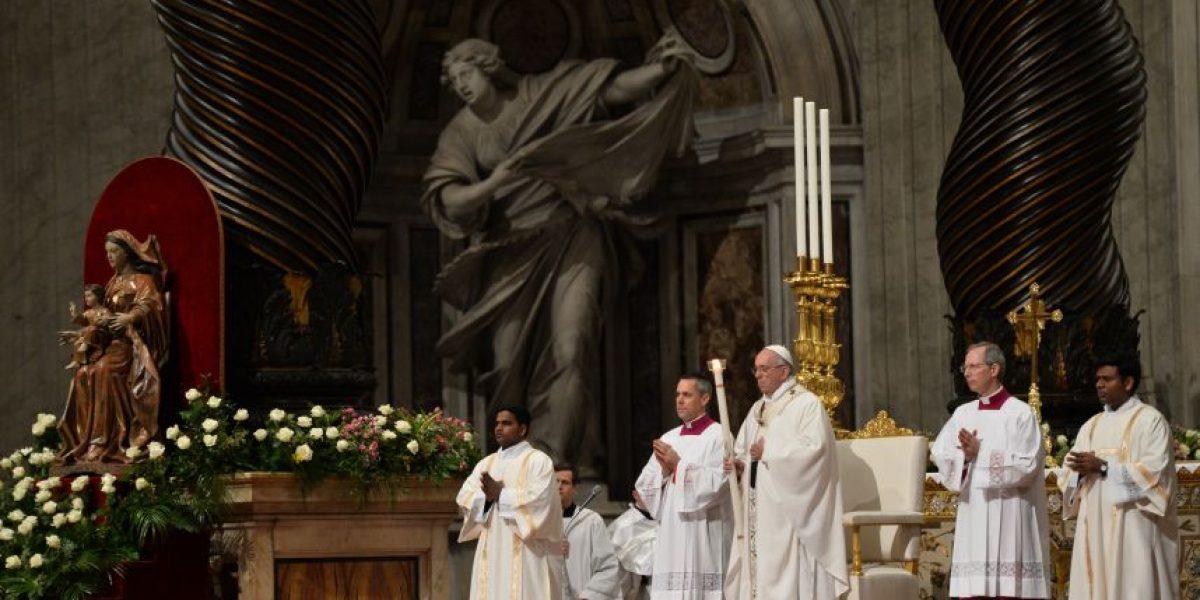 Papa Francisco recuerda víctimas de terrorismo y llama a tener esperanza