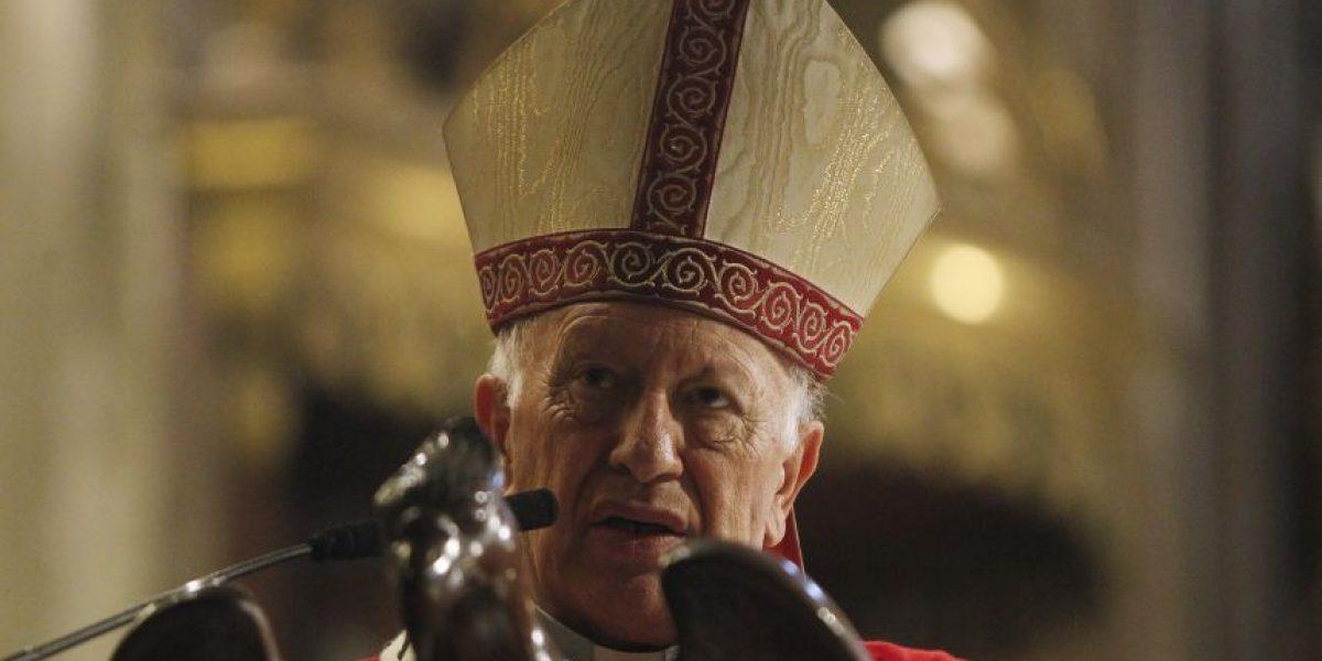 Cardenal Ezzati junto a pobladores de La Pintana representaron el Vía Crucis