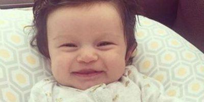 Tiene 10 meses de nacida y su cabellera está