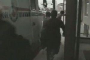 Este hombre se cansó de huir de la policía y se detuvo a descansar. Foto:Imgur. Imagen Por: