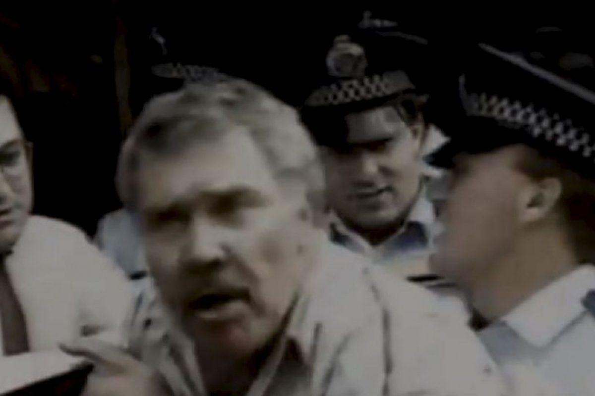 Este hombre acusó a los policías de tocar su pene durante el arresto. Foto:Imgur. Imagen Por: