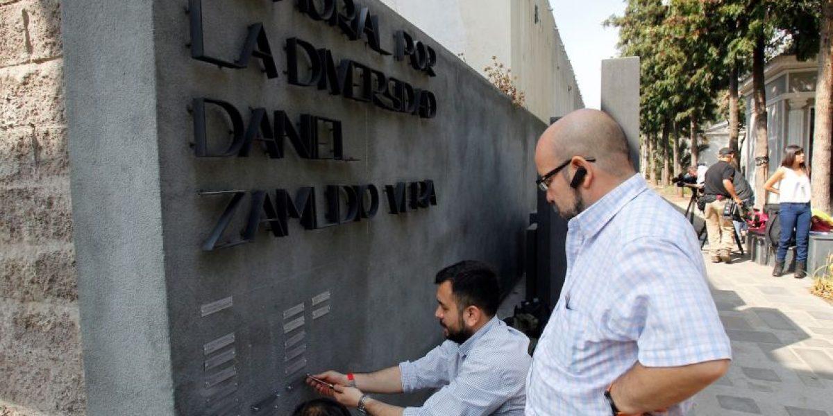 Movilh encabezó homenaje a 34 personas asesinadas en Chile por su orientación sexual