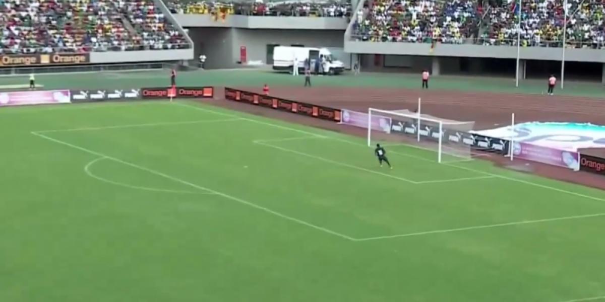 Directo al Púskas: El golazo de Sudáfrica ante Camerún rumbo a la Copa Africana