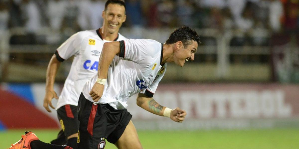 Christian Vilches anotó en derrota de Atlético por el Torneo Paranaense