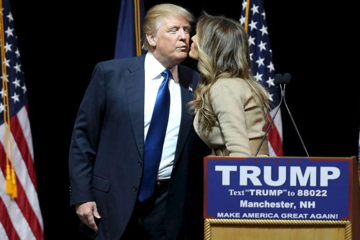 Melania Trump apoya las polémicas declaraciones de su marido sobre el tema de migración. Foto:Getty Images. Imagen Por: