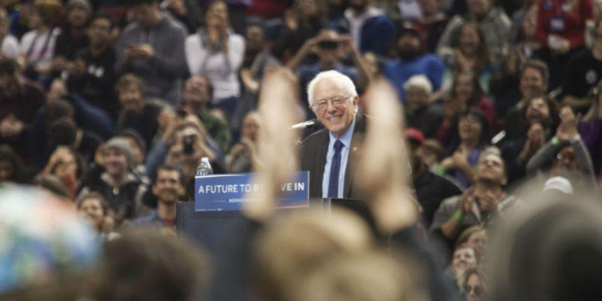 Bernie Sanders vence a Hillary Clinton en Washington y Alaska
