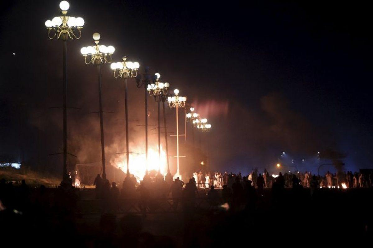 Lo que detonó una fuerte explosión, que acabó con la vida de al menos 63 personas. Foto:AFP. Imagen Por: