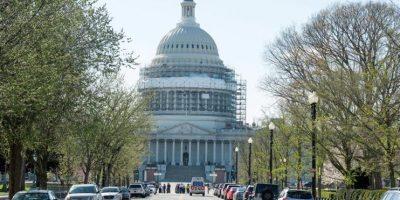 Descartan riesgo terrorista tras incidente armado en Capitolio de EEUU