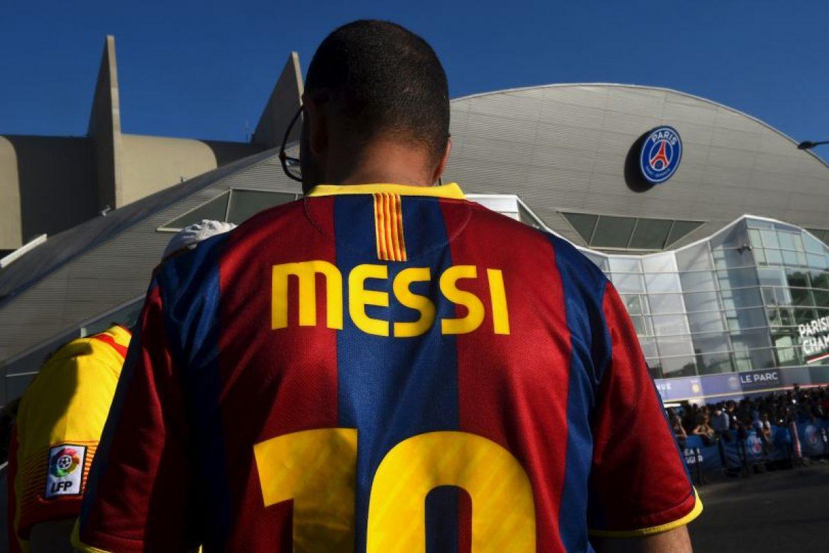 4. En 2015 donó una camiseta suya del Barcelona, con su autógrafo incluido, para que fuera subastada y el dinero recaudado, donado a un hospital de Bosnia. Foto:Getty Images. Imagen Por: