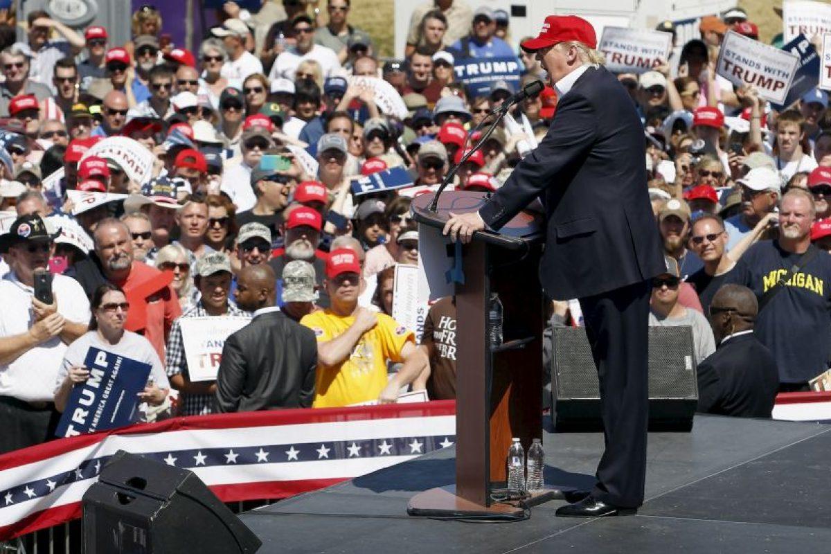 Después de la victoria en las primarias de New Hampshire el 9 de febrero Trump reconoció públicamente su trabajo. Foto:Getty Images. Imagen Por: