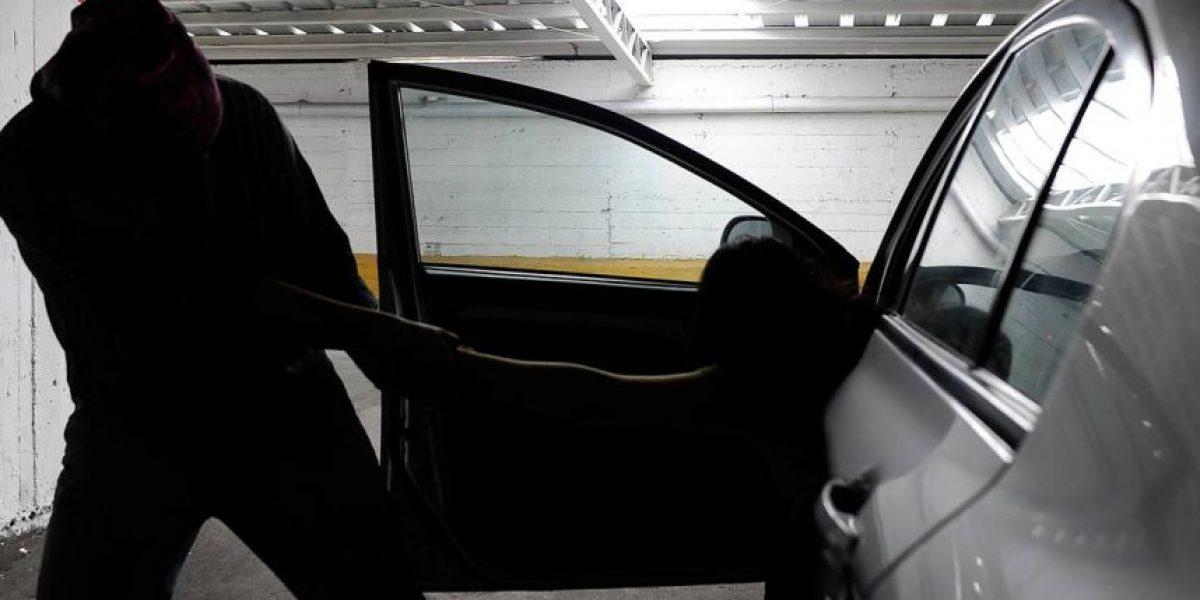 Insólito: autores de 'portonazo' calman a víctimas y les aseguran que recuperarán su vehículo