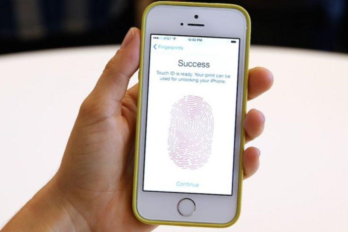 Un dispositivo modelo 5c está implicado en el atentado terrorista del pasado 2 de diciembre en California. Foto:Getty Images. Imagen Por:
