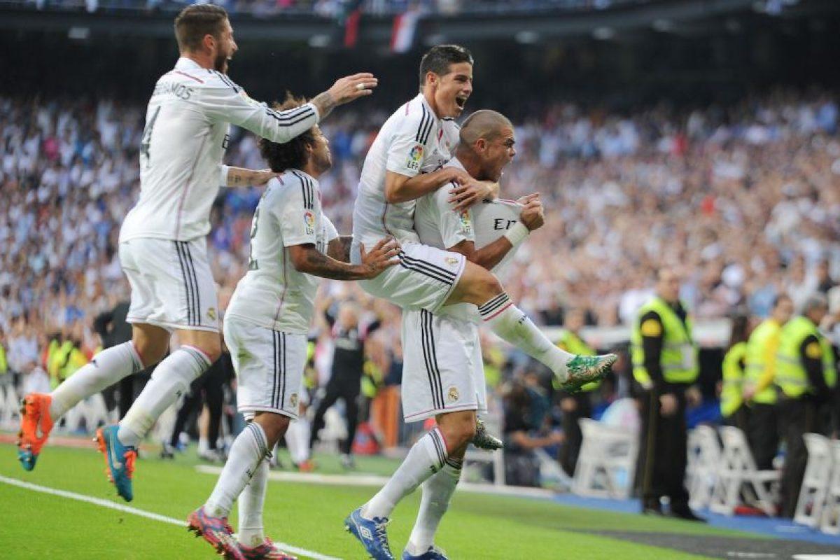 El saldo total de enfrentamientos en partidos de La Liga favorece al Real Madrid que tiene 71 victorias por 68 del Barcelona, con 32 empates. Foto:Getty Images. Imagen Por: