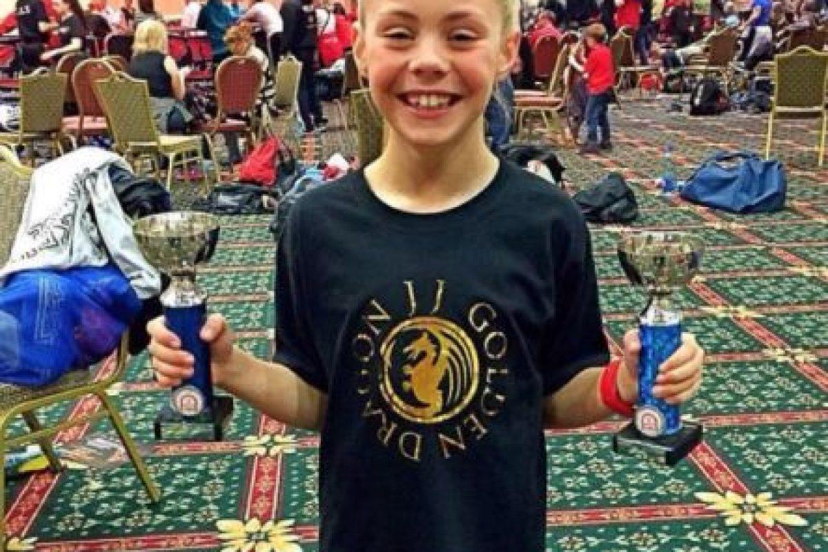 Tiene 117 títulos de campeonatos de artes marciales. Foto:vía Facebook/ JJ Golden Dragon. Imagen Por: