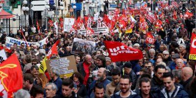 Toda Francia protesta por dura reforma laboral de Hollande