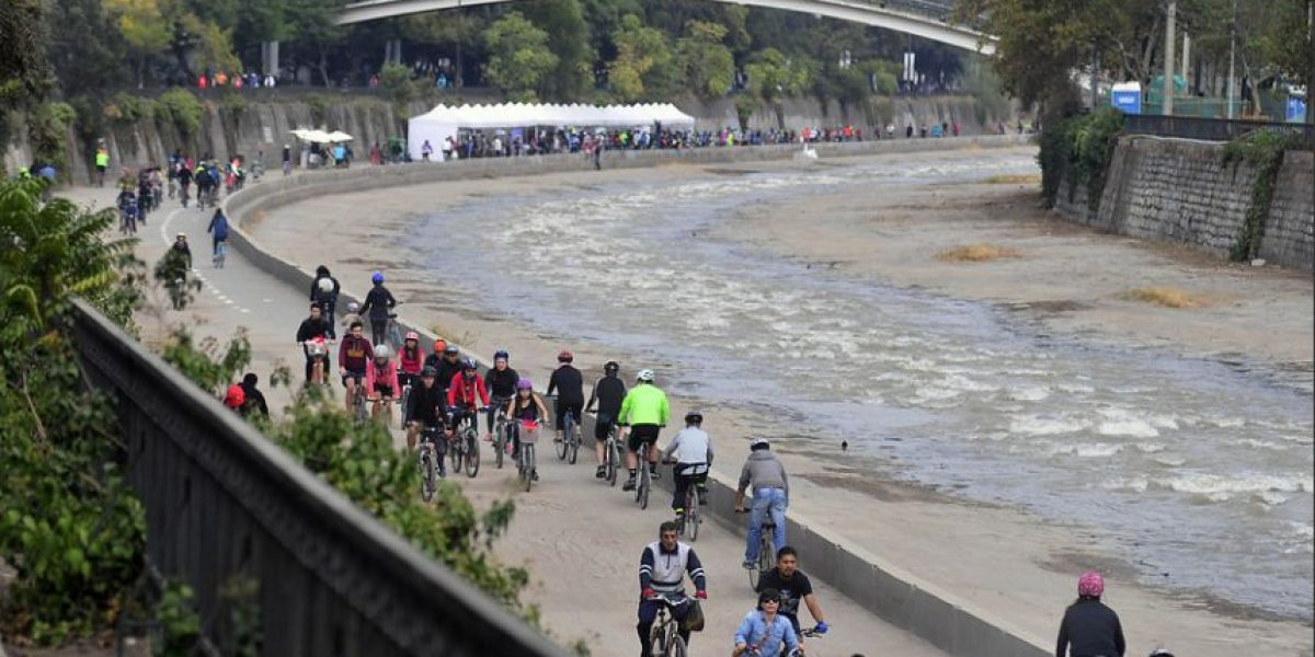 Apertura del Mapocho Pedaleable da el puntapié inicial al 5º Foro Mundial de la Bicicleta