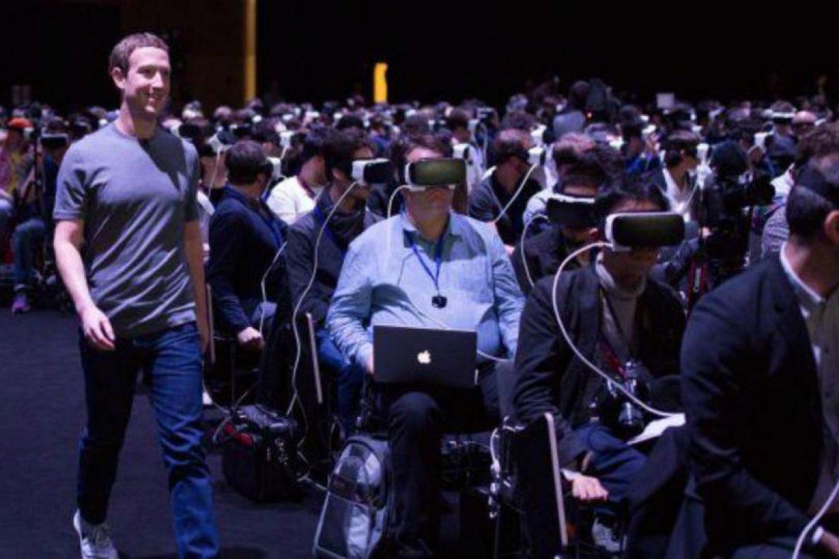 El CEO de Facebook presentó los lentes Oculus Rift. Foto:Facebook/Mark Zuckerberg. Imagen Por: