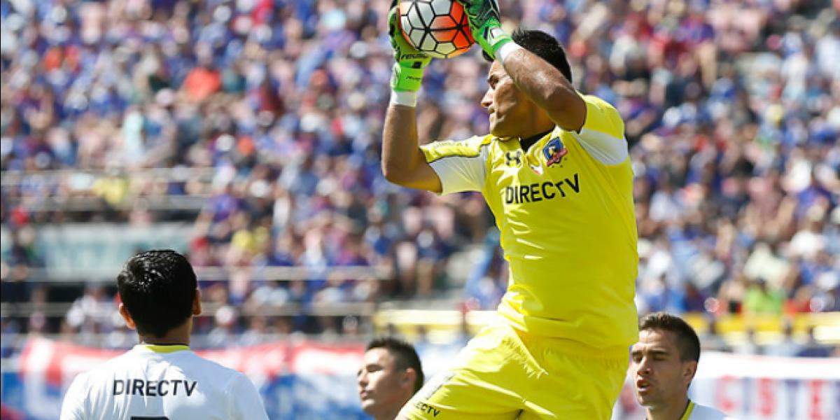 Justo Villar sufrió un cuadro gripal y quedó descartado para el duelo ante Huachipato