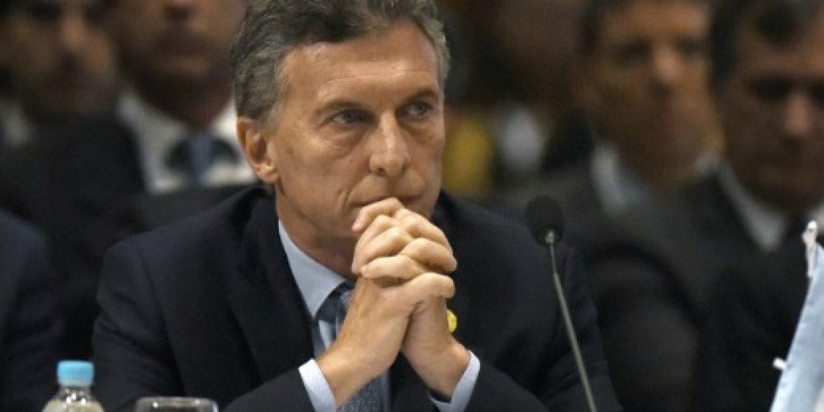 Macri afirma que economía argentina volverá a crecer este año