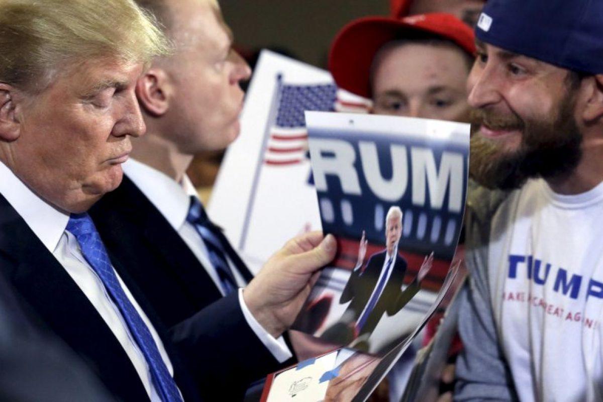 A pesar de llevar una campaña muy polémica, Trump ha logrado colocarse entre los favoritos. Foto:AP. Imagen Por: