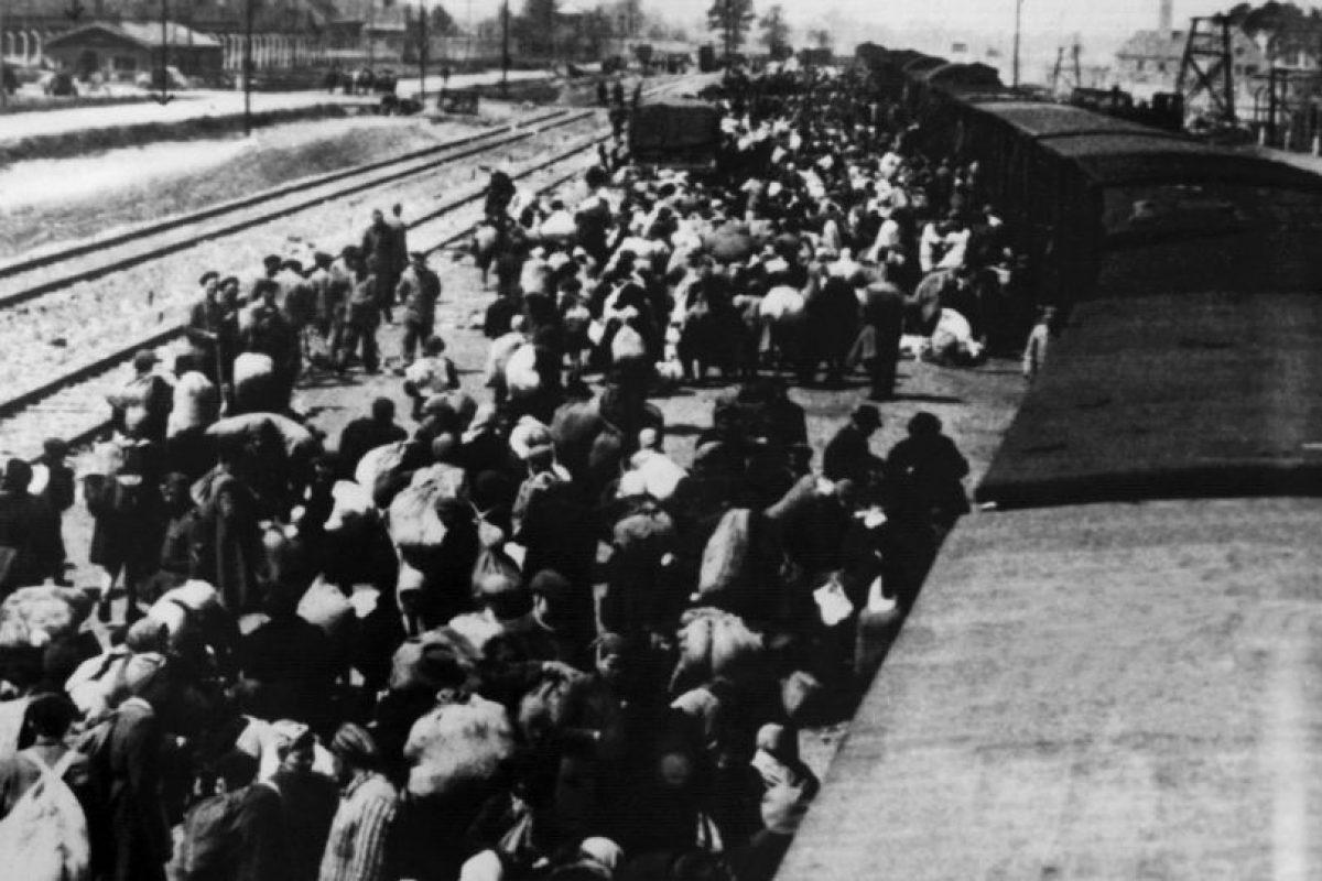 Trenes en los que metían a los prisioneros para despacharlos hacia distintas partes de Europa.. Imagen Por: