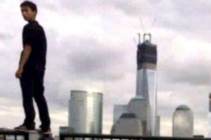 5. Mirénme desde el World Trade Center: nadie sabe cómo el sujeto que se tomó este selfie escaló la Zona Cero. Por supuesto, la policía lo arrestó por violar la propiedad privada. Foto:Twitter. Imagen Por:
