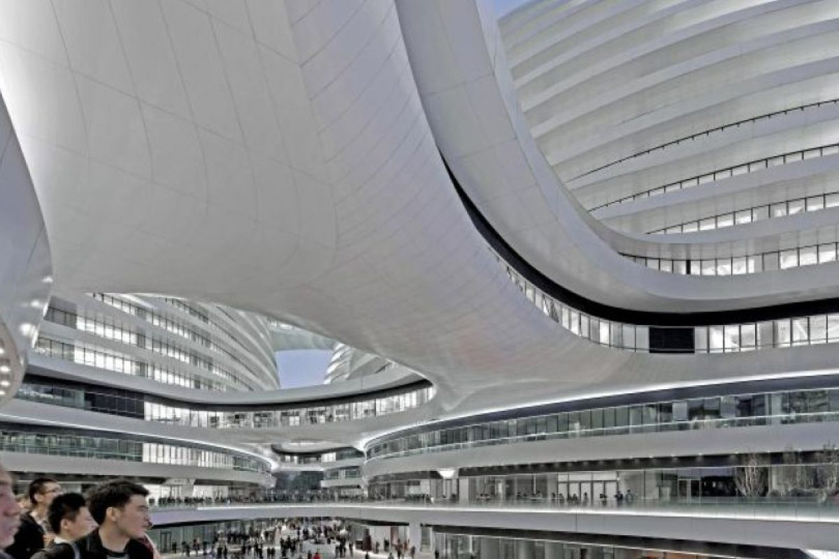 Interior del Galaxy Soho en Pekín (China). Foto: Zaha Hadid Architects. Imagen Por: